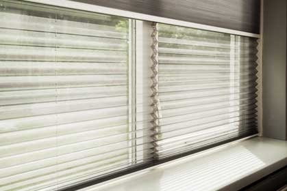 Verocell-Pleated-Blinds
