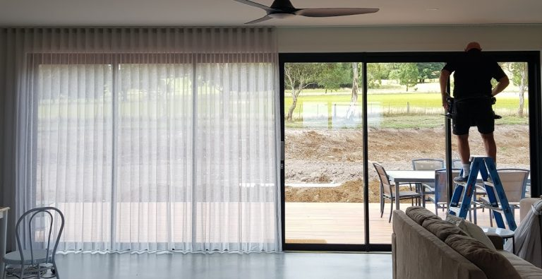Bullengarook Home Lounge installing